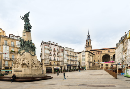 gasteiz: VITORIA-GASTEIZ, SPAIN - OCTOBER 16, 2016: A view of the Virgen Blanca square. At its center stands a monument commemorating the Battle of Vitoria.