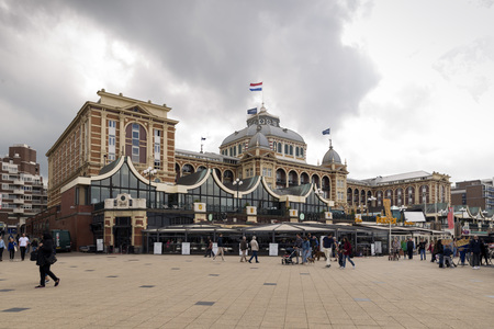 the hague: THE HAGUE, NETHERLANDS - MAY 5, 2016: Grand Hotel Amrath Kurhaus The Hague Scheveningen