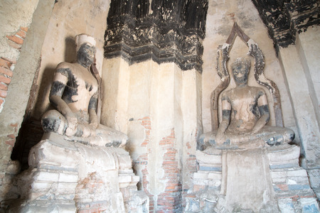 antiquated: ruins of Buddha statues