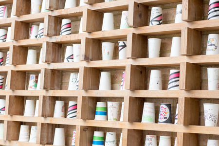 stow: stack of paper coffee cup