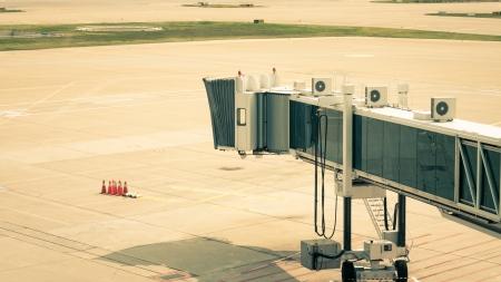 비행기 도착을 기다리는 탑승구