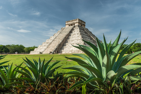 The ancient Pyramid of Kukulcan, or El Castillo, in Chichen Itza, Mexico. Stock Photo