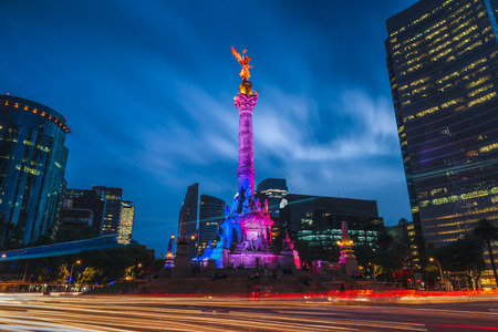traffic lights: The Angel of Independence in Mexico City, Mexico.