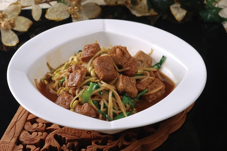 bean sprouts: Bean curd with bean sprouts