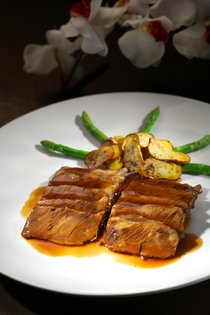 penny: steak with Penny Bun slice