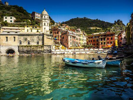 beau panorama du parc national des Cinque Terre en Ligurie, Italie.