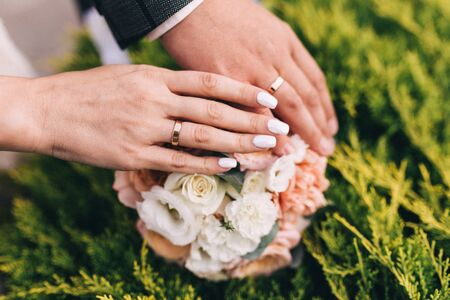 Picture of man and woman with wedding ring. Newly wed couples hands with wedding rings. Stok Fotoğraf