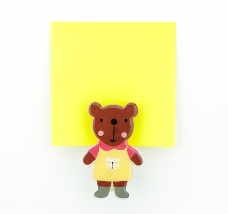 post-it, yellow note pad with bear clip Stock Photo - 20382358