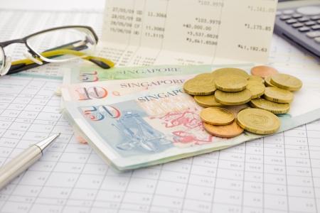 Monnaie et billets de Singapour, compte d'épargne et le concept de l'argent Banque d'images - 20831264