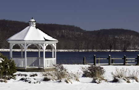 bandstand: Gazebo overlooks the Connecticut River on a chilly winter day