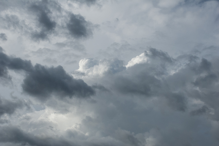 lend: Thick, monochromatic clouds give lend to sky