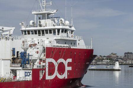 New Bedford, Massachusetts, USA - August 27, 2019: Multipurpose support vessel Geosea crossing New Bedford inner harbor 報道画像