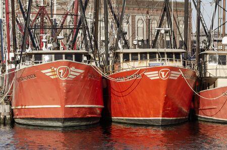 New Bedford, Massachusetts, USA - November 30, 2019: Commercial fishing boats Viking Power and Ocean Hunter docked at Pier 3 報道画像