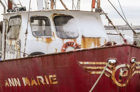 Fairhaven, Massachusetts, USA - December 4, 2019: Snow coats windows of commercial fishing boat Ann Marie at Union Wharf 報道画像