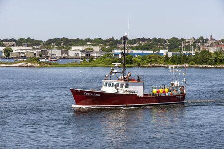 New Bedford, Massachusetts, USA - August 20, 2019: Lobster boat Terri-Ann, hailing port Sandwich, Massachusetts, leaving New Bedford Redakční