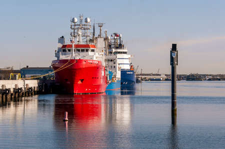 New Bedford, Massachusetts, USA - May 14, 2020: Fugro Searcher, Ocean Observer and Kommandor Susan lined up at Marine Commerce Terminal on New Bedford waterfront Redactioneel