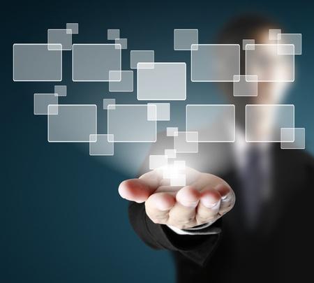 innovativ: Hand auf einem Touch-Screen-Oberfläche