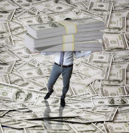 schubkarre: Wirtschaft und Dollar