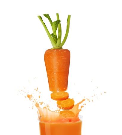 carota spruzzi astratto il mare cristallino