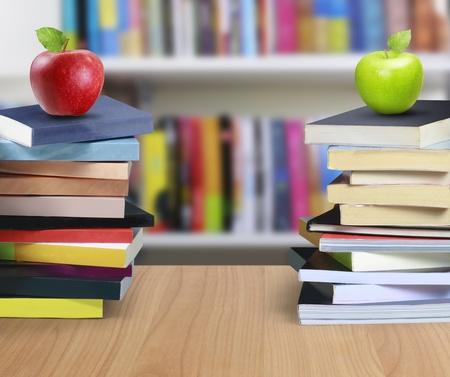 director de escuela: los libros y la manzana