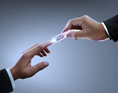 conectores: Las manos, los conectores