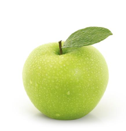 manzana verde: manzana verde sobre fondo blanco Foto de archivo