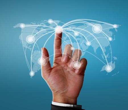 weltweit: Gesch�ftsmann sozialen Netzwerk-Struktur