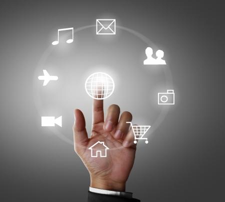 Business-Männer Hand drücken sozialen Netzwerk-Struktur