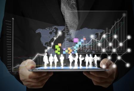 Touchscreen, Touch-Tablette in den Händen Geschäftsleute Standard-Bild