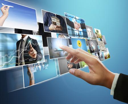 de man voorvertoning digitale foto, nieuwe technologie computer Stockfoto