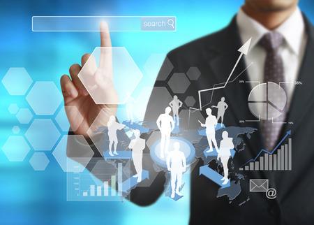letra de cambio: hombre de negocios con símbolos financieros procedentes de la mano