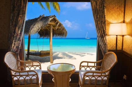 hammocks: Camera d'albergo e paesaggio tropicale - concetto sfondo vacanza