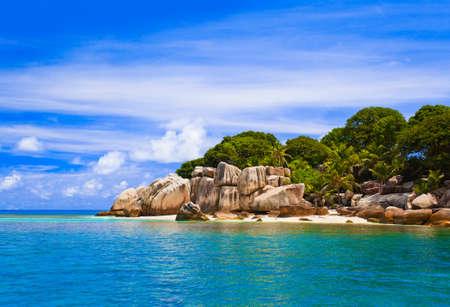 Tropische Insel - Urlaub Natur Hintergrund  Lizenzfreie Bilder