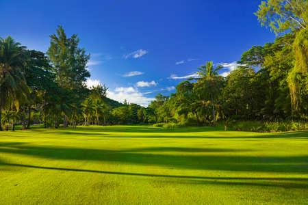高尔夫球场在岛Praslin,塞舌尔-运动背景