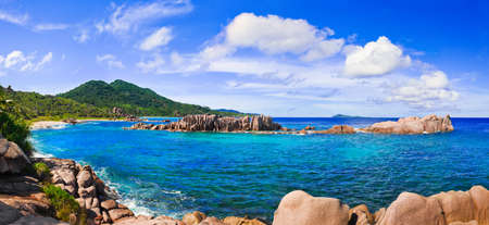 marron: Panorama of tropical beach at Seychelles - nature background