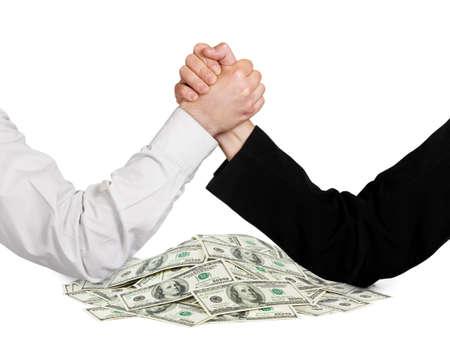 negotiation: Dos manos de lucha libre y el dinero aisladas sobre fondo blanco Foto de archivo
