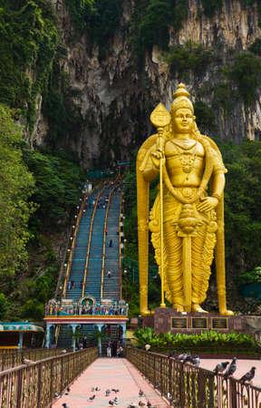 Statue of hindu god Muragan at Batu caves, Kuala-Lumpur, Malaysia Stock Photo - 11640942