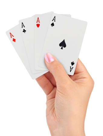 cartas de poker: Jugando a las cartas en la mano aisladas sobre fondo blanco