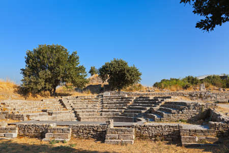 troya: Ancient ruins in Troy Turkey - travel background
