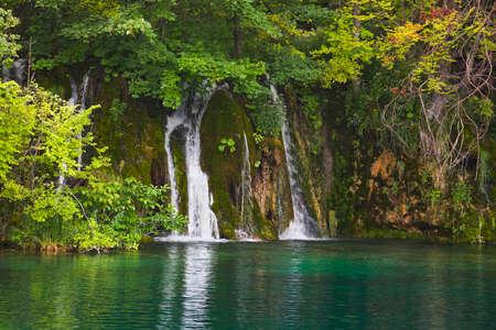 Plitvice lakes in Croatia - nature travel background Stock Photo - 12907031