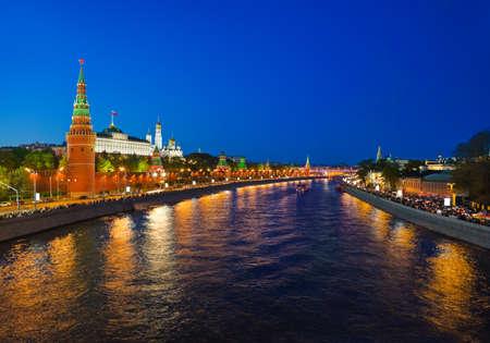 palacio ruso: Kremlin en Moscú, Rusia en la noche Foto de archivo