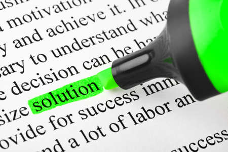 felt tip pen: Highlighter and word solution - concept business background