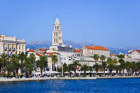 Palacio de Diocleciano en Split, Croacia - fondo de arquitectura de viajes