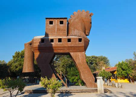 trojan horse: Cavallo di Troia a Troia Turchia - sfondo viaggi
