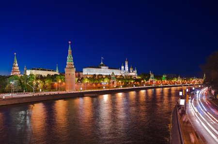 palacio ruso: Kremlin en Moscú, Rusia por la noche Foto de archivo