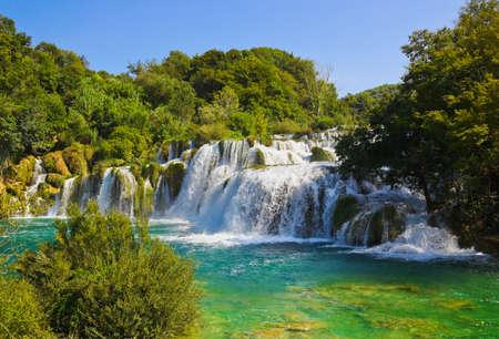滝のクロアチア - クルカ自然旅行の背景 写真素材