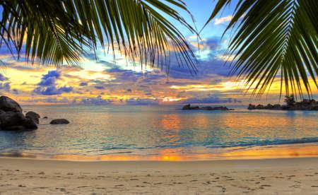 Tropischen Strand bei Sonnenuntergang - Natur-Hintergrund