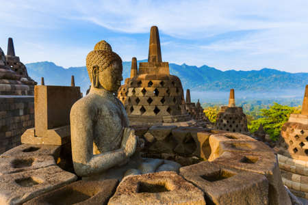 Borobudur Boeddhistische Tempel in eiland Java, Indonesië Stockfoto