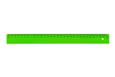 Groene liniaal op een witte achtergrond