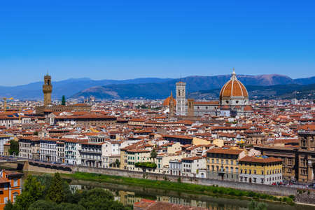 Duomo in Florence - Italy - architecture background 版權商用圖片